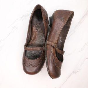 Born Leather Mary Jane Flats Size 7